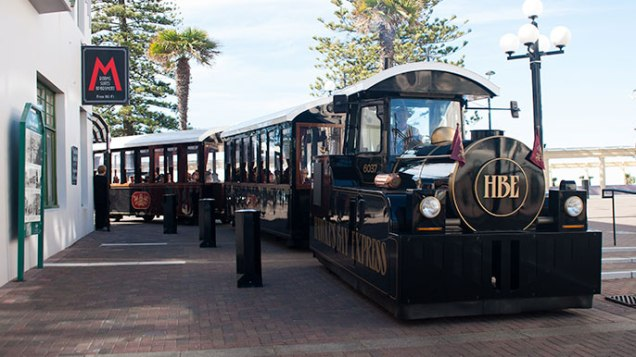all-aboard-the-hawkes-bay-express